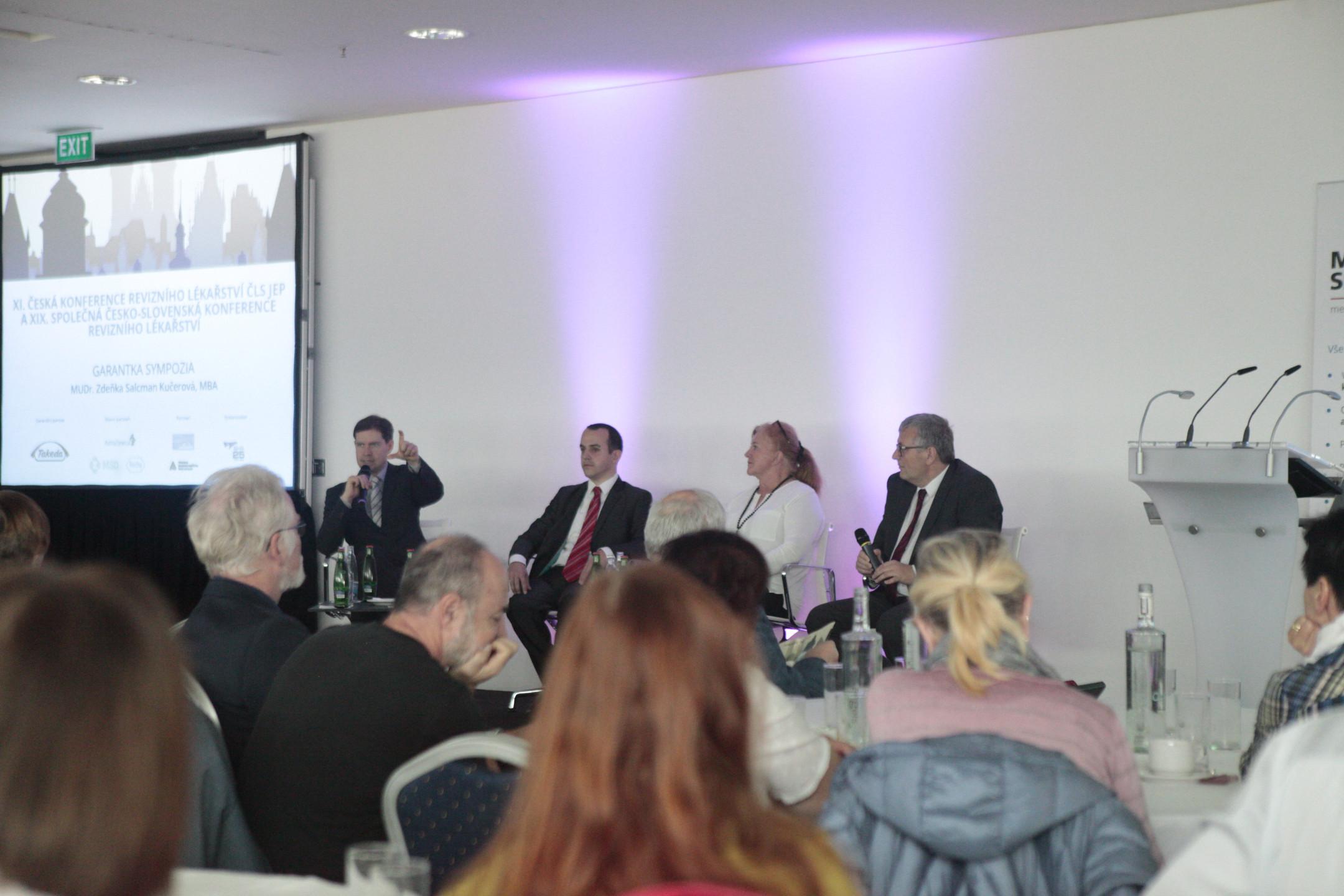 Foto z konference